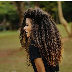 Curly hair goals #NaturalHair #HairRevolution