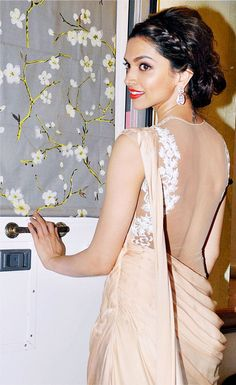 Deepika Padukone #Bollywood #Fashion