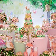 38 trendy first birthday party decorations garden Baby Girl Birthday Theme, Wild One Birthday Party, Baby Party, Garden Birthday, Party Garden, First Birthday Party Decorations, First Birthday Parties, First Birthdays, Baby Shower Themes
