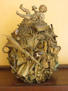 Gold painted memory jug