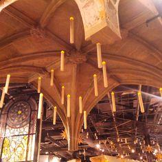 Harry Potter, Studio, Chandelier, Ceiling Lights, Lighting, Instagram, Home Decor, Candelabra, Decoration Home