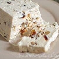 Recipe of homemade ice-cream nougat detailed step by step with photos, to help you easily succeed your own home-made nougat! Source by helene_lafond Easy Desserts, Dessert Recipes, Dessert Parfait, Sorbet Ice Cream, Frozen Yoghurt, Cream Cake, Sweet Recipes, Tiramisu, Mousse
