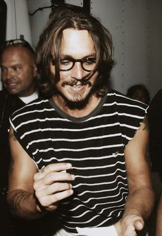 Johnny Depp cut off shirt striped t glasses hair sick style great look, tattoos men fashion streetstyle