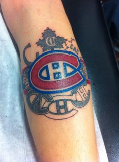 Soumis par / Submitted by Maxime Aubé Family Tattoos For Men, Arm Tattoos For Guys, Montreal Canadiens, Weird Tattoos, Cool Tattoos, Awesome Tattoos, I Tattoo, Tatting, Body Art