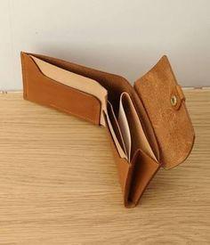 「ウルクスト 財布」の画像検索結果