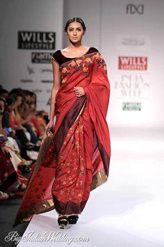 Shruti Sancheti Wills Lifestyle India Fashion Week 2014 - Lehengas & Sarees - Bigindianwedding Desi Clothes, Indian Clothes, Indian Dresses, Indian Outfits, Designer Sarees Collection, Brand Collection, Saree Collection, Wills Lifestyle, Lifestyle Fashion