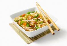 Asian soup with vegetables and tofu Tofu, Asian Soup, Mets, Celery, Saq, Vegetables, Drinks, Cream Soups, Vegetarische Rezepte