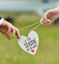 Svatba Wedding Pics, Boho Wedding, Wedding Day, Sweet Bar, Ladies Day, Wedding Accessories, Diy And Crafts, Wedding Decorations, Wedding Inspiration