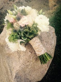 My bouquet Roses peonies 💗 Rose Bouquet, Peonies, Our Wedding, Floral Wreath, June, Roses, Wreaths, Decor, Decoration