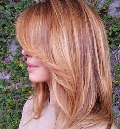 layered strawberry blonde hair with highlights(Warm Rose Gold Hair)