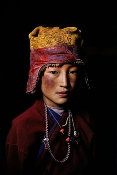 Tibet 2005 Steve McCurry ***This is part of my. Beautiful World, Beautiful People, World Press Photo, Afghan Girl, Tribal People, Interesting Faces, World Cultures, People Around The World, Tibet
