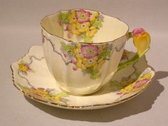 Rare Star Paragon MAYTIME Figural CROCUS FLOWER HANDLE Cup & Saucer 1921-1933 #Paragon