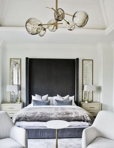 This is a Bedroom Interior Design Ideas. House is a private bedroom and is usually hidden from our guests. However, it is important to her, not only for comfort but also style. Much of our bedroom … Luxury Bedroom Design, Master Bedroom Design, Bedroom Inspo, Home Decor Bedroom, Modern Bedroom, Home Interior Design, Dream Bedroom, Bedroom Ideas, Bedroom Designs