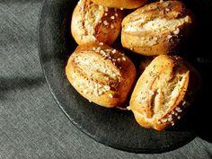 Dobrou chuť: Dalamánky kváskové Baked Potato, Ham, Potatoes, Bread, Baking, Ethnic Recipes, Baguette, Food, Pickles