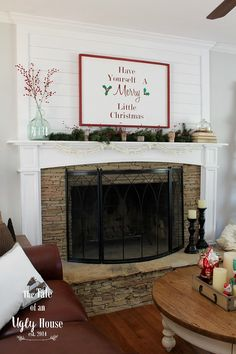 Farmhouse Christmas Home Tour | The Tale of an Ugly House--details on upper part of fireplace