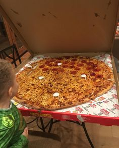 """Or this ~also random~ pic of a giant pizza writing, """"That's what I'm talking about. Albert Pike, Britney Spears, Giant Pizza, Lucky Food, Cooking Temperatures, Love Pizza, I Foods, Instagram Posts, Paradise"""