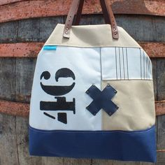 One knot 46 Knots, Reusable Tote Bags, Canvas, Shop, Handmade, Accessories, Tela, Knot, Canvases