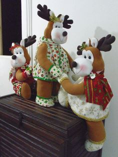 Christmas Projects, Christmas Crafts, Plum Paper Planner, Staying Organized, Sewing Hacks, Reindeer, Projects To Try, Snoopy, Dolls