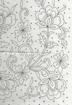 hand embroidery designs for neck Bordado Jacobean, Bordados Tambour, Jacobean Embroidery, Floral Embroidery Patterns, Tambour Embroidery, Hand Embroidery Patterns, Cross Stitch Embroidery, Machine Embroidery, Indian Embroidery Designs