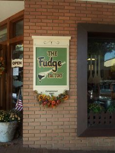 Yes, Please!! ~ Dahlonega, GA--- delicious candy apples and fudge!! My favorite place for caramel apples..