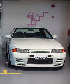Nissan Gtr R32, R32 Gtr, Japanese Domestic Market, R32 Skyline, Nissan Skyline, Toyota, Amazing Cars, Awesome, Japanese Cars