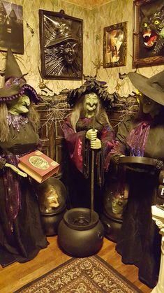 fantastic witch scene by Halloween Forum member creepymagic