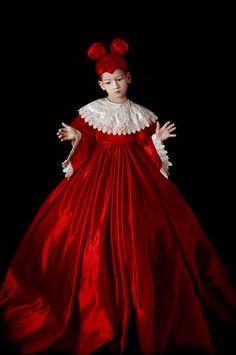 Adriana Duque, Art Photography Portrait, Conceptual Photography, Jolie Photo, Little Girl Dresses, New Art, Baroque, Photo Art, Photographers