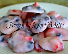 Delicious and healthy frozen snacks for kids for summer! Frozen yogurt melts!