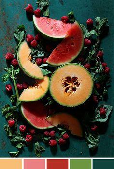 """Como não cair na tentação de comer guloseimas o dia todo? Rs! Foto """"inspiradora"""" não só por incentivar a optar pelas frutas ao chocolate, mas também pelas cores."""