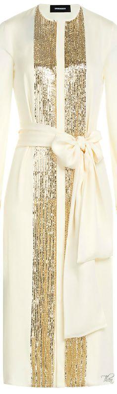 Seidenkleid in Elfenbein und Gold # Abaya Fashion, Muslim Fashion, Islamic Fashion, Modest Fashion, Fashion Outfits, Fashion Clothes, Hijab Dress, Blouse Outfit, Gold Silk Dress