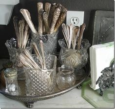 Vintage Kitchen unpolished-silverware-displayed - Here are a dozen decorative silverware displays that will motivate you to get your special silver flatware out of the closet and onto your table. Vintage Silver, Antique Silver, Antique Desk, Rare Antique, Vintage Pink, Vintage Cars, Vintage Decor, Vintage Items, Vintage Cutlery
