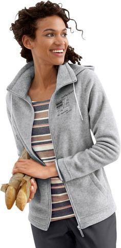 Collection L. Fleece-Jacke im brandaktuellen College-Look ab 29,99€. Fleece-Jacke mit Schriftzug im Vorderteil, Polyester, Figurumschmeichelnde Form bei OTTO