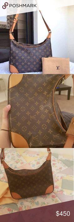 LV Bag very good condition Louis Vuitton Bags Shoulder Bags