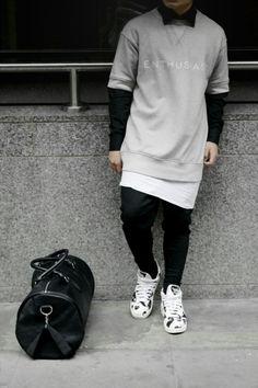 http://chicerman.com  valallday:  Keeping it simple  VALALLDAY x fashion blog  #streetstyleformen
