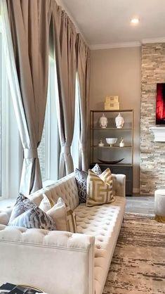 Classy Living Room, Home Design Living Room, Living Room Decor Cozy, Home Decor Bedroom, Living Room Interior, Living Room Sofa, Luxury Living Rooms, Popular Living Room Furniture, Family Room Design