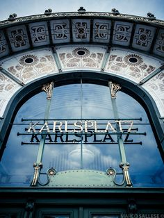 Karlsplatz Stadtbahn Station, Vienna, Austria Amazing Architecture, Art And Architecture, Otto Wagner, Europe Centrale, Honeymoon Pictures, Heart Of Europe, Voyage Europe, Places In Europe, No Photoshop