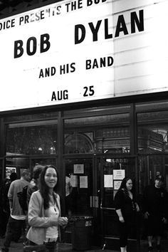 Photo of Bob Dylan Concert Warfield, San Francisco, Photo, Leica, Street, USA