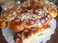 Greek Sweets, Greek Desserts, Greek Recipes, New Recipes, Greek Cooking, Easter Recipes, Sweet Bread, Doughnut, Biscuits