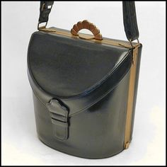Vintage bag - 40\'s EVANS black leather vintage box handbag with accessories, purse, bag, hand bag, boxbag, box bag, pocketbook,