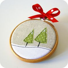 Pilli Pilli mini hoop ornaments