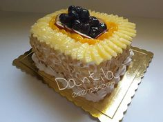 Frout cake
