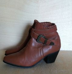 Vintage 1980s Dingo Southwestern Style Cognac Brown Leather Booties Ankle Boots Womens Size 6.5 by ForestaVintage on Etsy