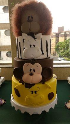 Bolo Safari - PRONTA ENTREGA Baby Cakes, Baby Shower Cakes, Baby Birthday Cakes, Cupcake Cakes, Cute Cakes, Pretty Cakes, Safari Cakes, Jungle Cake, Animal Cakes