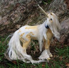 Wooden super lifelike unicorn *.*