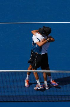 2014 US Open - Day 14 Brothers embrace!
