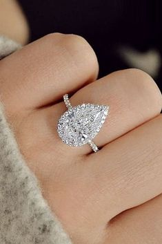 Diamond Engagement Rings - Ring trends change every year. Look at the gallery with the 60 TOP engagement ring photos. Only hottest engagement ring trends! Dream Engagement Rings, Engagement Ring Settings, Vintage Engagement Rings, Solitaire Engagement, Pear Shaped Engagement Rings, Teardrop Engagement Rings, Unique Diamond Engagement Rings, Engagement Jewelry, Wedding Engagement
