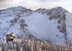 Sestriere, il Gran Roc e l'hotel Principi di Piemonte  #myValsusa 01.03.17 #fotodelgiorno di Elio Pallard