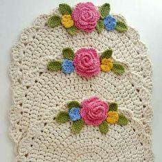time Crochet Doilies, crochet rug pattern, hygge home decor (tutorial PDF file) Crochet Table Runner Pattern, Crochet Placemats, Crochet Doilies, Crochet Flowers, Crochet Stitches, Crochet Patterns, Crochet Home, Crochet Crafts, Easy Crochet