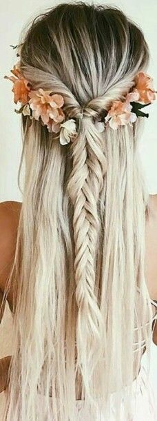 flower fishtail braid hairstyle