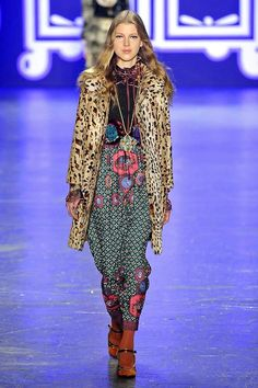 Anna Sui Fashion, Nyfw 2016, Boho, Spring Fashion, Fashion Inspiration, Kimono Top, Amazing, Outfits, Dresses